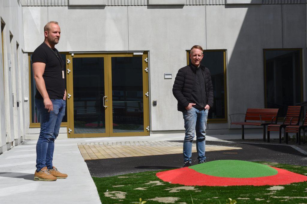 Fra v. Masivs byggeplassleder Sven Gjesdal og prosjektleder Stig Kristensen.